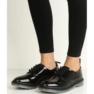 NEW Dr. Martens Smiths Stud Black Patent Oxford 8